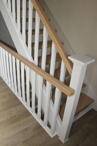 Schilderen van trappen steven elst schilderwerken essen - Hoe om te schilderen een trap ...